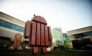 La mascotte du prochain Android, baptisé KitKat, au QG de Google, à Mountain View.