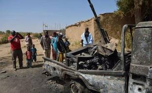 Les islamistes armés, qui ont perdu en 48 heures deux de leurs trois bastions dans le Nord du Mali, reconquis par les soldats français et maliens, regroupent leurs forces dans l'extrême nord-est du pays, où ils restent dangereux, sur le territoire malien et au-delà, selon des experts.