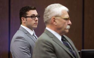Photo d'archives du 25 octobre 2017 montrant l'ancien policier Philip Brailsford (G) lors de son procès devant la cour de Maricopa County, aux États-Unis.