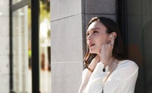 Les écouteurs True Wireless WF-1000XM3 avec réduction de bruit.