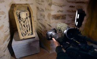 Le squelette Ernest va être transporté au pôle d'expertise judiciaire de Cergy-Pontoise.