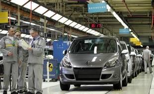 La production à l'usine Renault de Douai est arrêtée ce lundi.