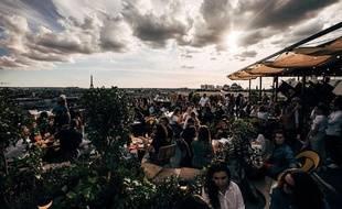 Vue du rooftop des Galeries Lafayette et son restaurant Créatures