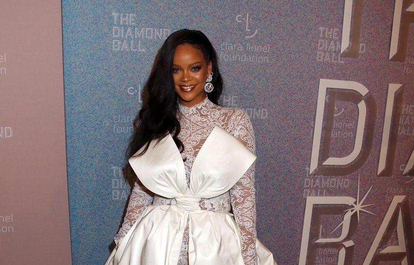 Rihanna loue sa maison… Joe Jonas félicite Sophie Turner pour «Game of Thrones»...