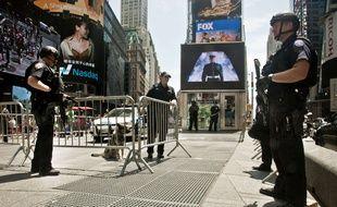 Sécurité renforcée à Times Square après la tuerie de Chattanooga.