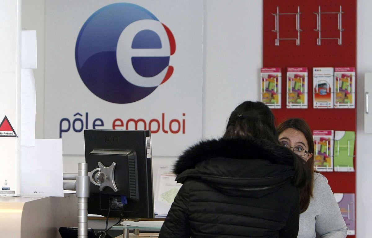 Illustration dans une agence Pôle emploi le 2 février 2015. –  Claude Paris/AP/SIPA