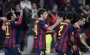 Le Barça célèbre sa victoire sur le Celtic, derrière Neymar (à gauche), le 11 décembre 2013