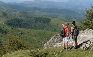 Randonnée montagneuse au Pays basque. (illustration)
