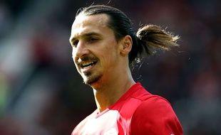 Un entraîneur de foot norvégien veut du sperme de Zlatan et Cristiano pour créer une équipe génétiquement imbattable