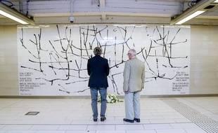 Une oeuvre à la mémoire des victimes de l'attentat de 2016 au métro Maelbeek.