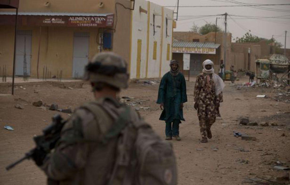 Un soldat français dans les rues de Kidal, au Mali, en juillet 2013. – Rebecca Blackwell/AP/SIPA