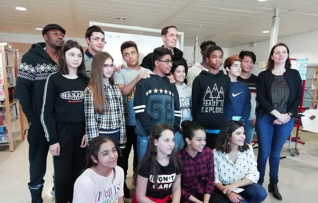 VIDEO. Lyon: Quand Grand Corps Malade apprend le slam à des collégiens migrants