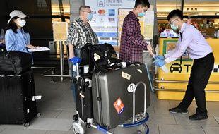 Contrôle des arrivées à l'aéroport de Taoyuan à Taiwan.