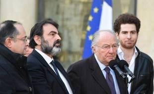 Joël Mergui et Roger Cukierman le 11 janvier 2015 sur le perron de l'Elysée