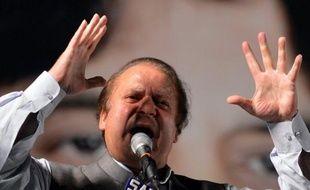 Le dernier jour de la campagne pour les élections législatives au Pakistan jeudi a été marqué par l'enlèvement d'un des fils de Yousuf Raza Gilani, Premier ministre de 2008 à juin 2012, et par de nouvelles menaces des rebelles talibans, qui ont annoncé des attaques le jour du vote samedi.