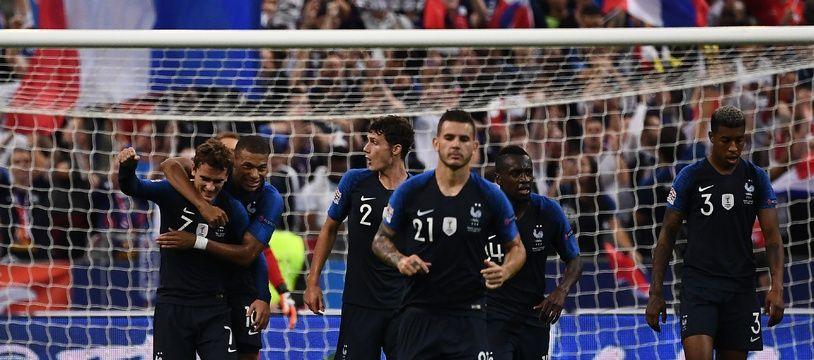 Les bleus fêtent le deuxième but de Griezmann contre l'Allemagne, le 16 octobre 2018 au Stade de France.