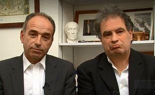 Jean-François Copé et Raphaël Mezrahi dans une vidéo de présentation de la 3e Nuit de la déprime, sur France 3, le 11 février 2015.