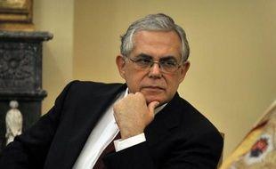 La Grèce risque d'être à court de liquidités d'ici fin juin si les bailleurs de fonds du pays coupent leur aide suite à un rejet du plan d'aide international par les électeurs le 17 juin, a prévenu l'ex-Premier ministre grec, selon un memo paru dans la presse dimanche