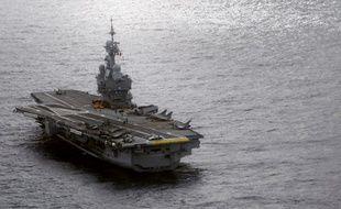 Guerre Contre Daesh La France Deploie Le Porte Avions Charles De
