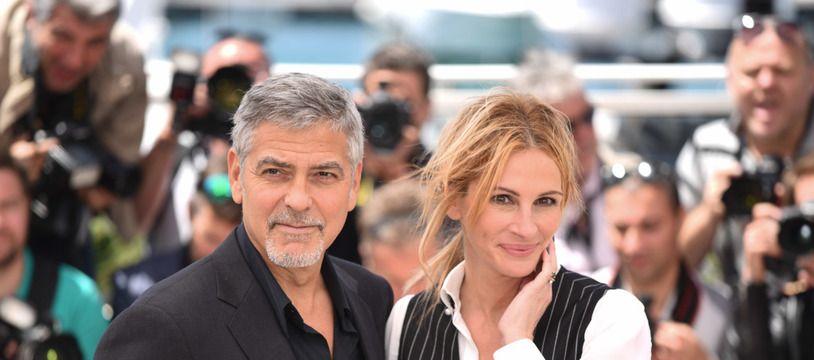 Les acteurs George Clooney et Julia Roberts