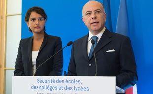La ministre de l'Education nationale, Najat Vallaud-Belkacem, et le ministre de l'Intérieur, Bernard Cazeneuve, le 24 août 2016 à Paris.