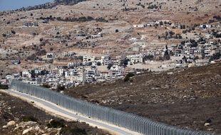 Israël a conquis une grande partie du Golan, soit 1.200 km2, lors de la guerre des Six Jours en 1967 et l'a annexée en 1981.