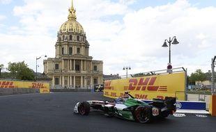 La manche parisienne du Championnat de Formule Electrique a réuni 48.000 spectateurs, samedi 28 avril à Paris.