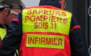 Un pompier infirmier du SDIS de Haute-Garonne, à Toulouse.
