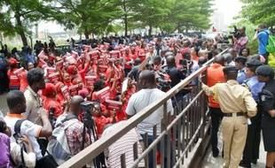 Manifestation le 14 avril 2014 à Abuja, la capitale du Nigeria, pour réclamer la libération des 219 lycéennes kidnappées il y a un an par le groupe islamiste Boko Haram