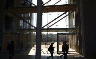 La nouvelle faculté de médecine de Montpellier a été ouverte il y a un an.