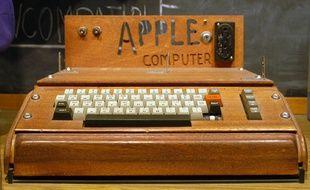 Apple 1, créé en 1976 par Steve Jobs et Steve Wozniak.