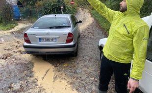 Guillaume Pelletier a appelé les pompiers après avoir entendu les cris d'un homme de 78 ans, enseveli jusqu'aux épaules par une coulée de boue, chemin du Vallon des Vaux, à Cagnes-sur-Mer, ce samedi 23 novembre.