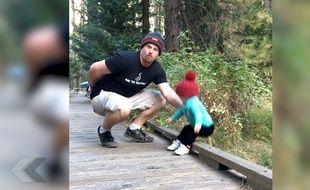 Un papa sauve sa fille in extremis - Le Rewind (video)