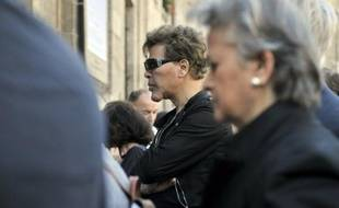 Un chercheur du CNRS a été condamné par le tribunal correctionnel de Paris à une peine symbolique pour avoir publié sur internet un projet de thèse de Grichka Bogdanoff, selon un jugement consulté mardi par l'AFP.
