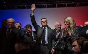 Meeting de Francois Fillon le 7 mars 2017 au Zenith d'Orleans. Le candidat salue la foule apres avoir chanté la Marseillaise.