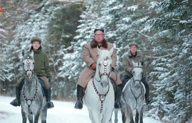 Kim Jong-un était notamment accompagné de sa soeur, Kim Yo-jong.
