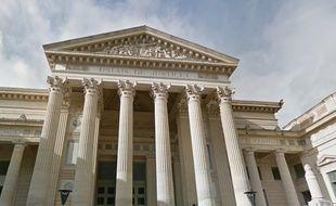 Le palais de Justice de Nîmes, dans le Gard.