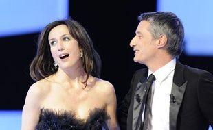Elsa Zylberstein et Antoine de Caunes à la cérémonie des Césars le 27 février 2009.