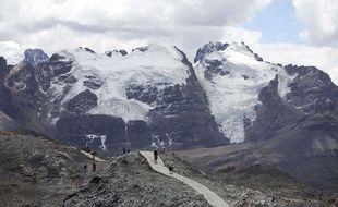 Glaciers de la Cordillère blanche au Pérou, près de Huaraz