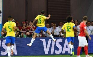 On attendait Neymar, voilà Coutinho...