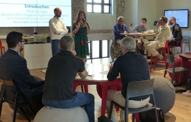 Municipales 2020: Comment LREM forme ses candidats pour conquérir des mairies