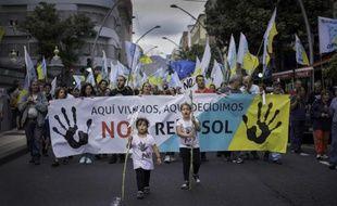 Manifestation le 18 octobre 2014 sur l'île de Tenerife, aux Canaries, contre la prospection pétrolière autorisée par Madrid au large de l'archipel