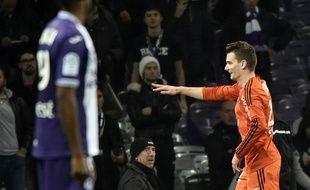 L'attaquant de Lorient Benjamin Jeannot a signé un doublé en moins de deux minutes face au TFC en Ligue 1, le 5 décembre 2015 au Stadium de Toulouse.