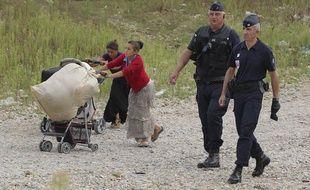 Le 28 aout 2012, la police procède à l'évacuation d'un camp de Roms dans le quartier de Parilly, à St Priest, dans la banlieue de Lyon.