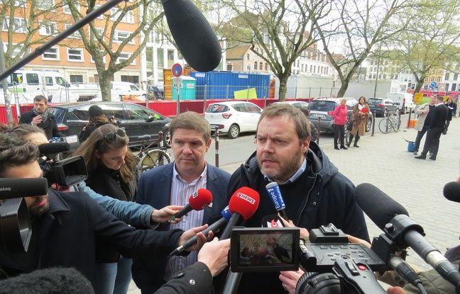 A droite, laurent Rigausd, président des bouchers du Nord, partie civile dans le procès des quatre militants antispéciste à Lille, et son avocat, Me Damien Legrand.