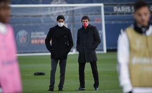 Nasser Al-Khelaïfi et Leonardo lors d'un entraînement au Camp des Loges, le 23 novembre 2020.