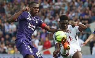 Le capitaine du TFC Issa Diop face à Lille, le 6 mai 2018 au Stadium de Toulouse.