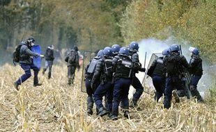 Affrontements entre la police et les opposants à l'aéroport de Notre-Dame-des-Landes, le 24 novembre 2012.