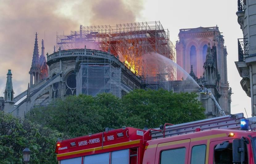 Notre-Dame : Des images inédites de l'incendie seront dévoilées dans le documentaire « La bataille de Notre-Dame » sur TF1