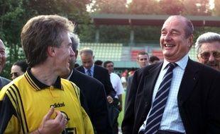 Jacques Chirac et Didier Deschamps, en 98 à Clairefontaine